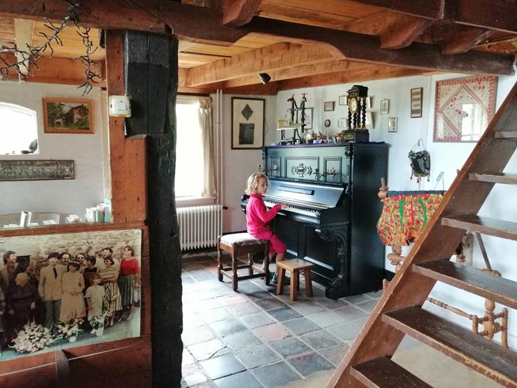 nijbroek-salon-lison-piano