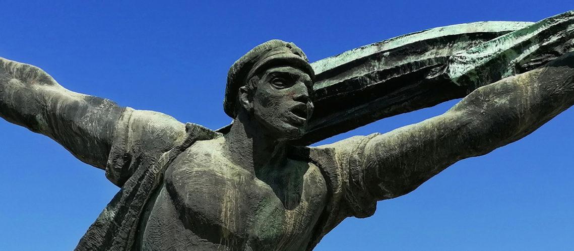 bandeau_cimetiere-statues